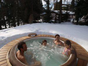 spa dans la neige